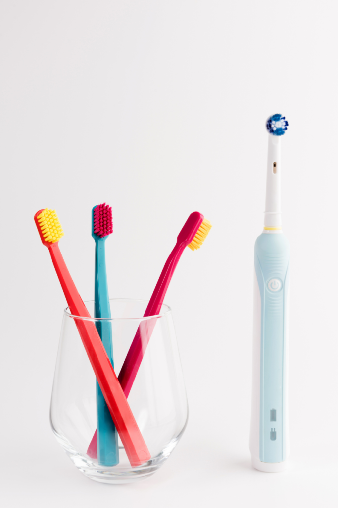 Should You Use an Electric Toothbrush or Keep Using Your Traditional One?
